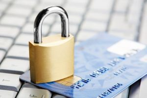Возможен ли арест банковского счета без пристава